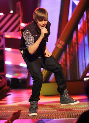 Events > 2010 > March 27th - Nickelodeon's 23rd Annual Kids' Choice Awards