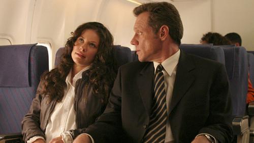 Kate - Pilot, Part 2 (1x02)