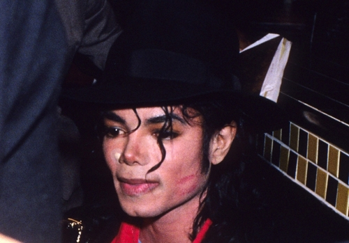 MJ with lipstick on his face