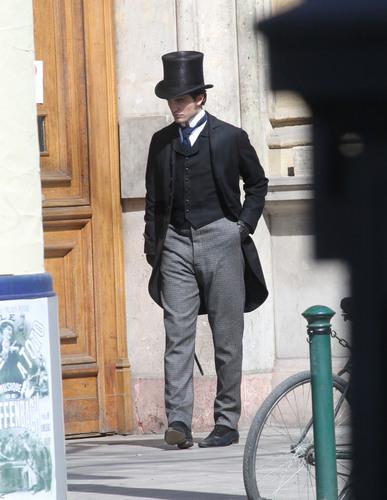 March 28th: Rob on 'Bel Ami' set