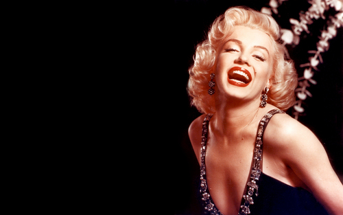 Marilyn Monroe wallpaper called Marilyn Monroe Widescreen