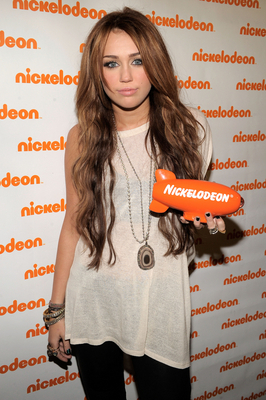 Miley @ 2010 Kid's Choice Awards