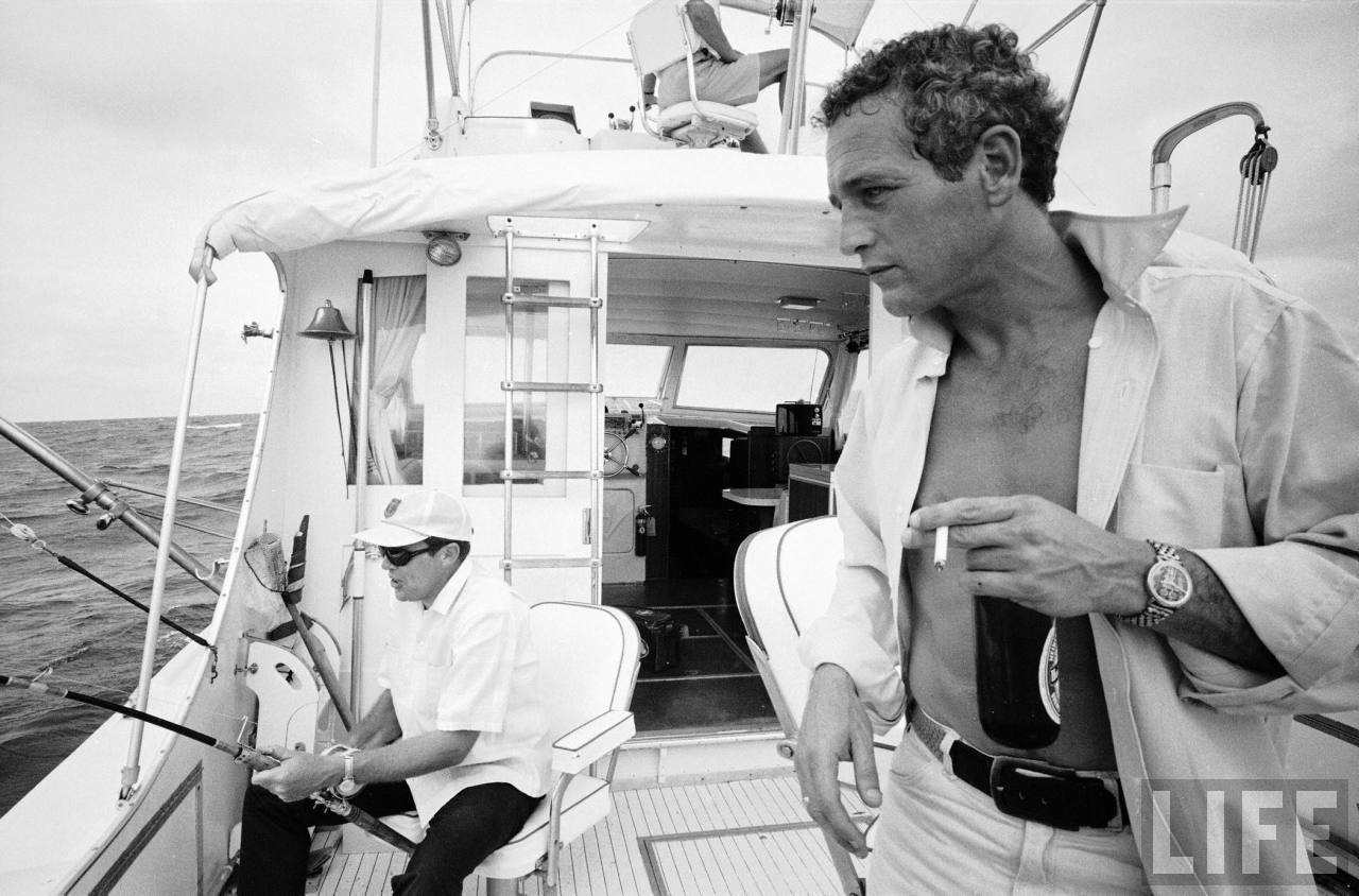 http://images2.fanpop.com/image/photos/11100000/Paul-Newman-paul-newman-11164546-1280-844.jpg