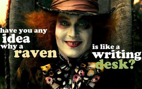 Ravens & nghề viết văn Desks