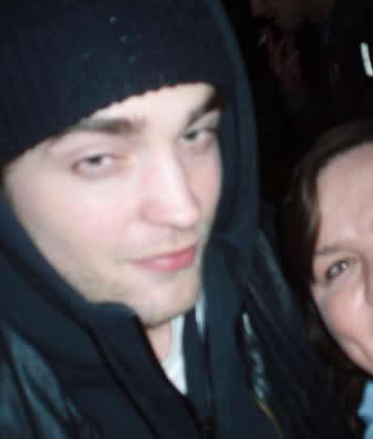 Rob Spotted at Lyric Lounge (March/26)