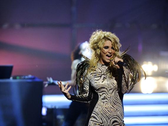 So You Think You Can Dance Australia March 25th kesha 11151816 570 428 - Kesha