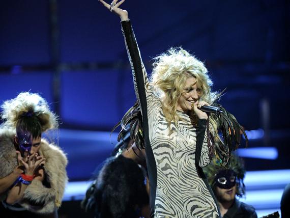 So You Think You Can Dance Australia March 25th kesha 11151819 570 428 - Kesha