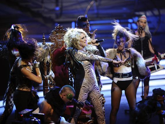 So You Think You Can Dance Australia March 25th kesha 11151827 570 428 - Kesha
