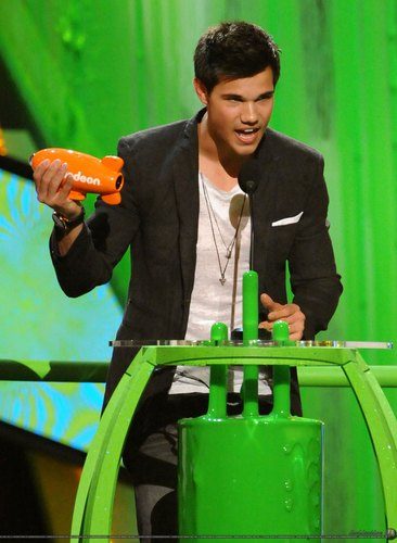 Taylor Lautner at the Kids Choice Awards 2010 (March 27).