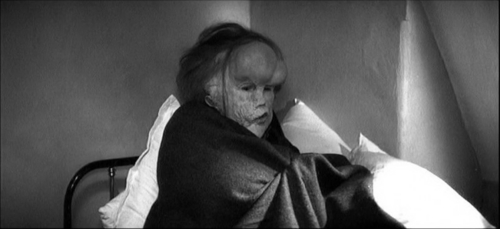 The Elephant Man wallpaper entitled The Elephant Man - Movie Still