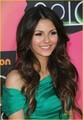 Victoria @ 2010 Kids Choice Awards - victoria-justice photo