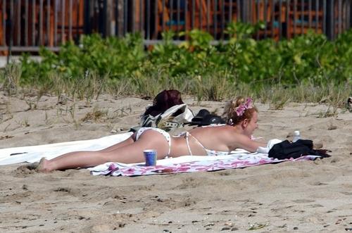 strand blanket britney