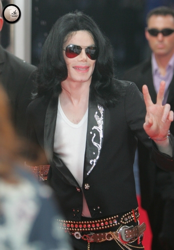 Michael Jackson Hintergrund titled 2006-2008 / 2006 / 2006 Japan MTV Video Musik Awards / Arrival / MTV Japan 03