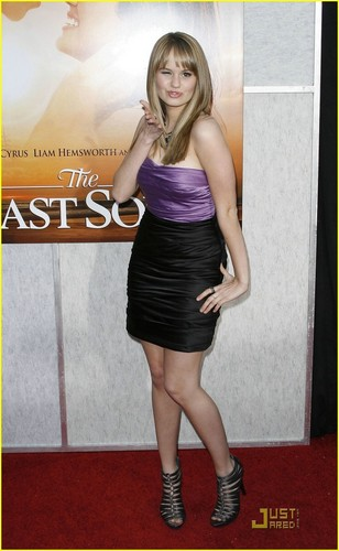 Debby @ The Last Song Premiere