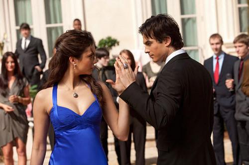 Elena And Damon Dancing!!!