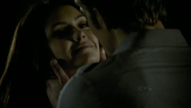 http://images2.fanpop.com/image/photos/11200000/Episode-1x16-There-Goes-The-Neighborhood-paul-wesley-11242503-624-352.jpg
