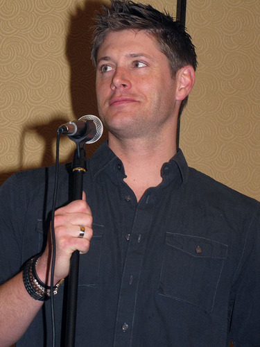 Jensen Ackles at LA Con '10