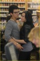 Joe Jonas & Demi Lovato: Grocery Giggly - jemi photo