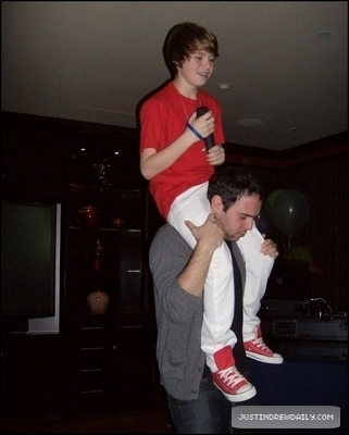 Justin's Birthday Party (1st March, 2010)