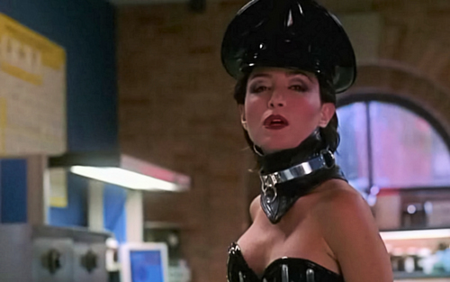 "Kate in PVC, ""Naughty Timmy"", Screen topi, cap Widescreen"