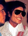 LOVELY SMILE - michael-jackson photo