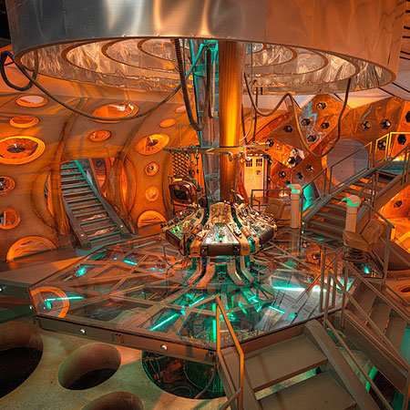 Doctor Who achtergrond titled New Tardis Interior
