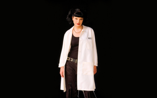 "Abby Sciuto images Pauly Perrette aka ""Abby Sciuto"" widescreen HD wallpaper and background photos"