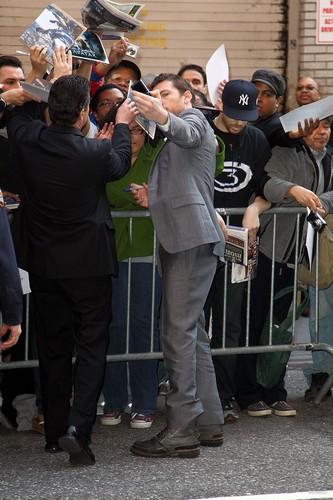 Sam Arriving at David Letterman (04.01.10)