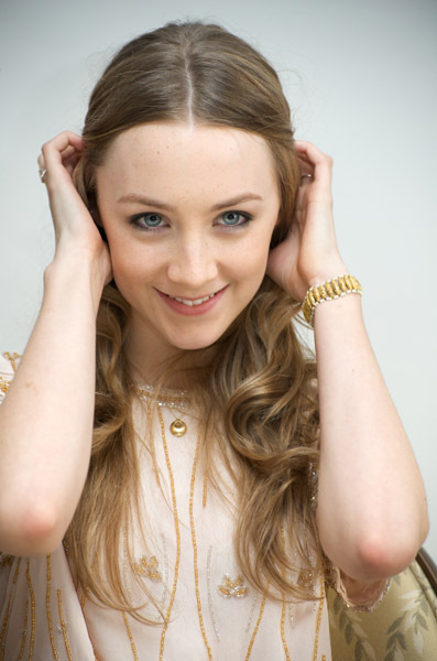 Saoirse Ronan - Gallery Colection