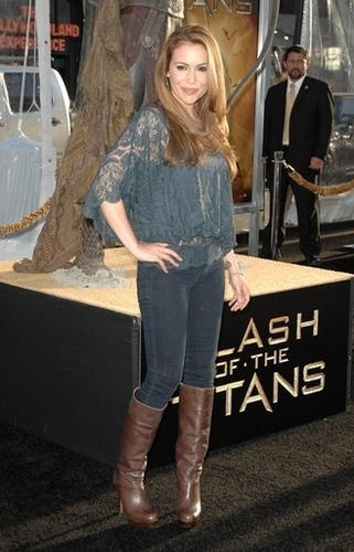 alyssa-Clash of the Titans Premiere