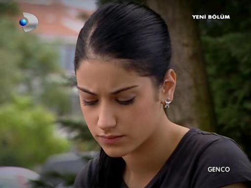 Hazal Kaya screen caps
