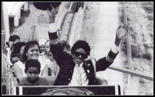 <3Michael with kids<33