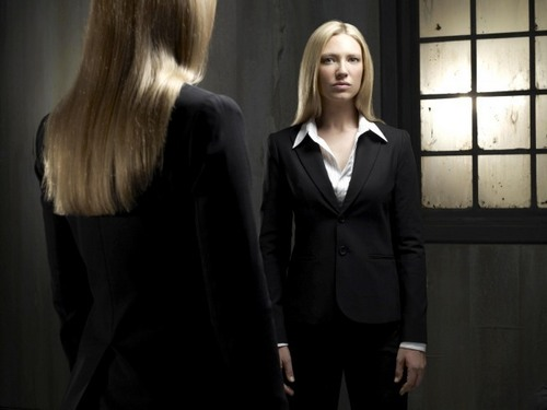 Olivia Dunham ~ 'Fringe' Promotional Photoshoot for Season 2