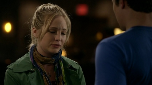 1x17 - Let The Right One In - candice-accola Screencap