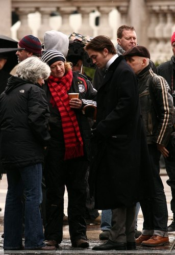 April 6, 2010: Filming 'Bel Ami'