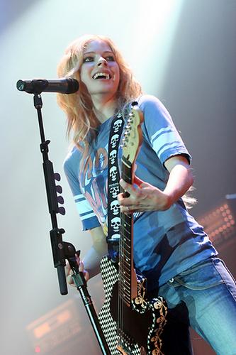 Avril Live imágenes