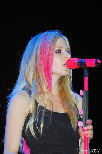 Avril Live تصاویر