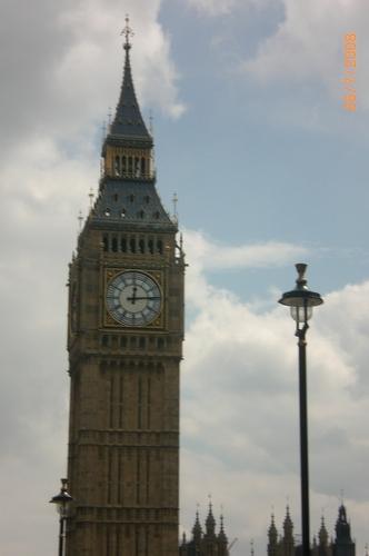 Big Ben.......i miss london!!!