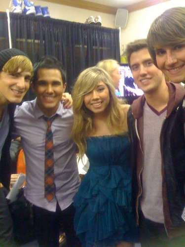 Big Time Rush and Jennette McCurdy
