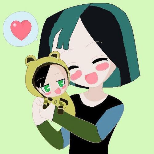 Child Gwen w/ Baby Trent