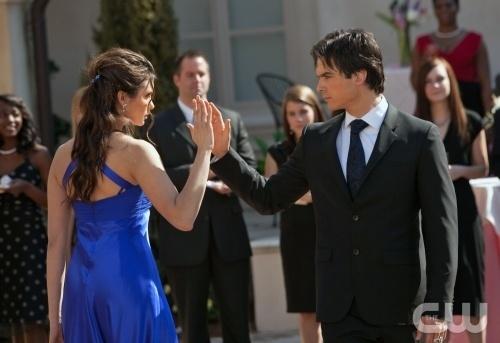 Damon and Elena Dacning!!!