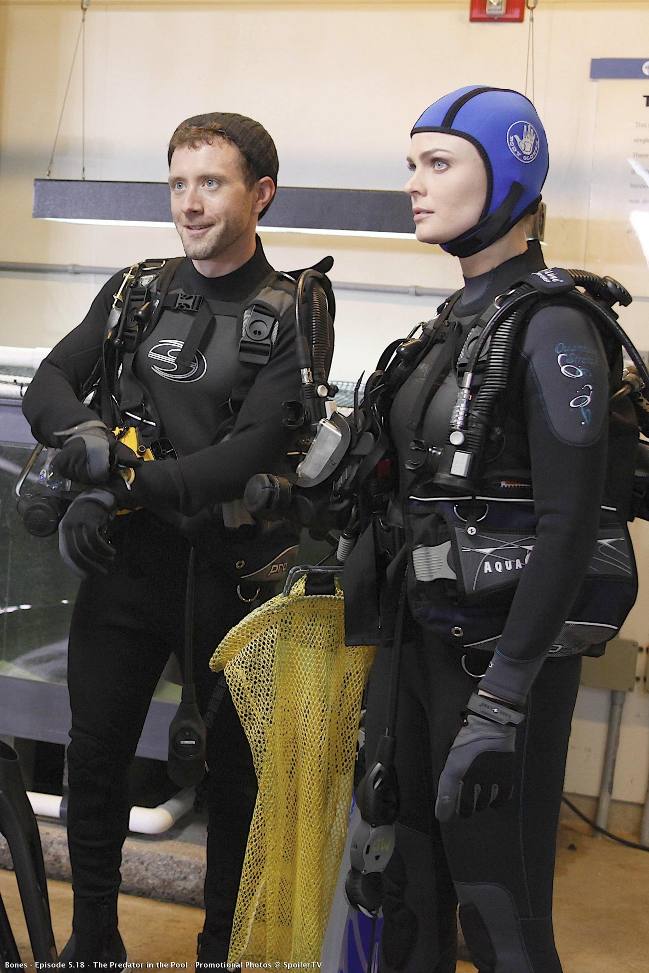 Episode 5.18 - The Predator in the Pool - Promotional Fotos