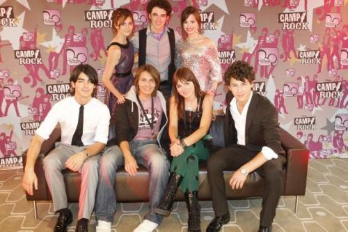 Ewa Farna and Jonas Brothers - ewa-farna Photo
