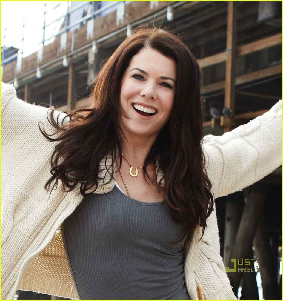 Lauren Graham - Wallpaper Hot