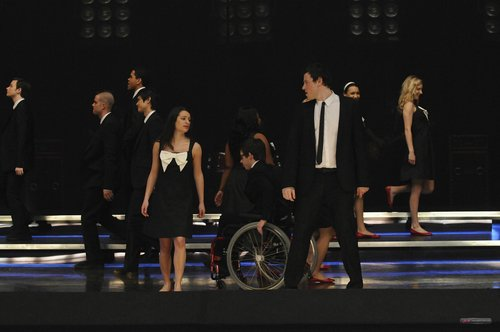 Glee wallpaper called More 1x14 Hell-O stills