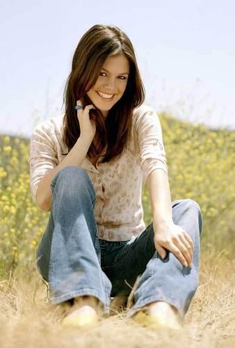 Rachel Bilson as Sunny