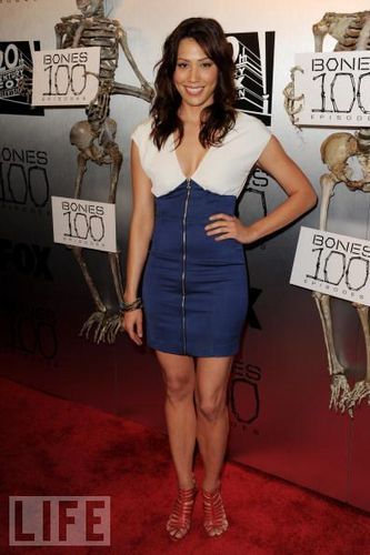 Red Carpet Photos The 100th Episode Celebrations