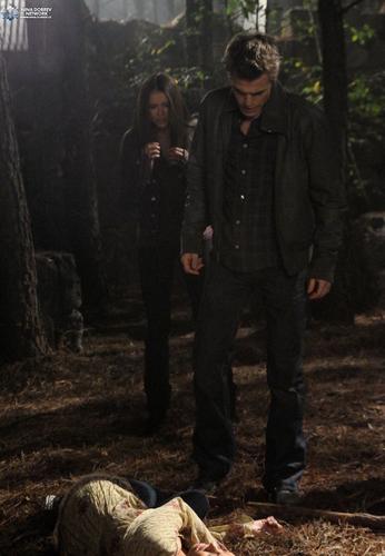 Stefan and Bonnie 1x09