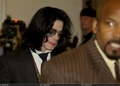 Trial Photos / June 2005 / June 2, 2005 - michael-jackson photo