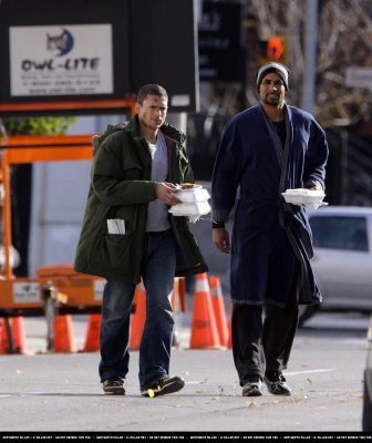 Wentworth on set Resident Evil: Afterlife